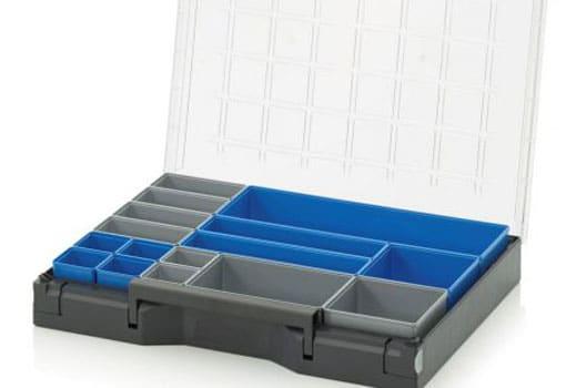 kitting cajas y maletas